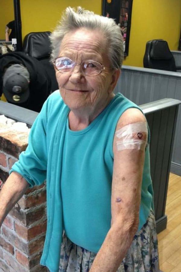 bestemor-tatovering3