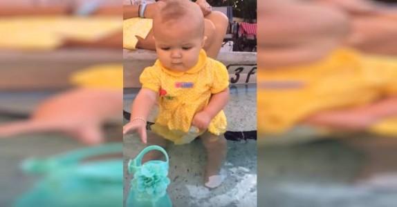Når babyen falt i vannet holdt jeg pusten i spenning. Men det som skjer? WOW!