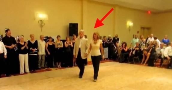 Det eldre paret går på dansegulvet. Men det de gjør sjokkerer ALLE i publikum!