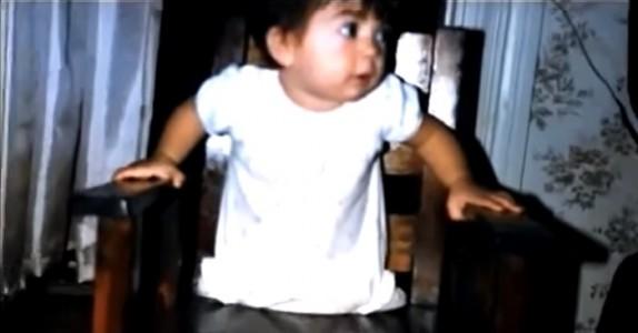 Foreldrene overga henne fordi hun ble født uten bein. Senere fikk hun vite den sjokkerende sannheten!