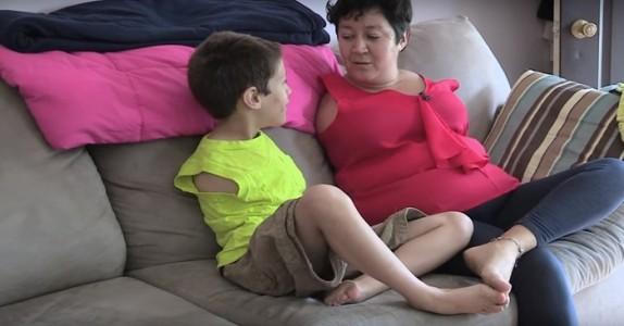 Både mor og sønn er født uten armer. Når vi ser hva de kan gjøre sammen? UTROLIG!