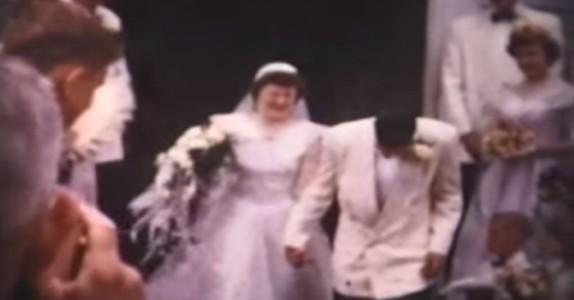 Sønnen finner sin mors gamle bryllupsvideo. Når han ser DETTE avsløres hemmeligheten hennes…