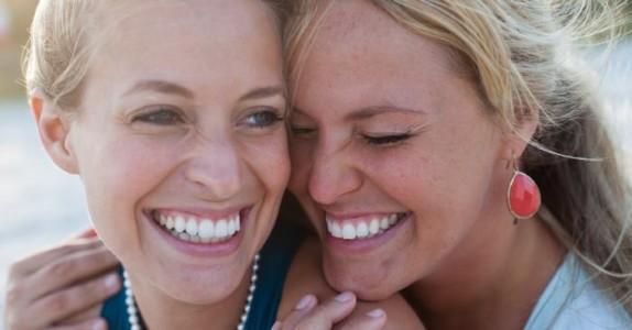 6 veldig viktige ting man lærer av å ha en lillesøster!