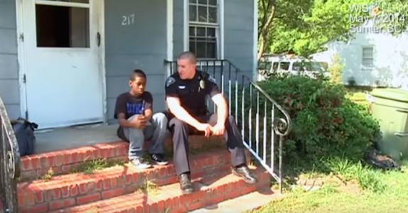 Gutten vil rømme hjemmefra  – da gjør politiet noe vi alle kan lære av!