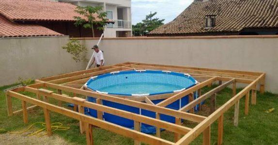 Denne mannen har ikke råd til et eget svømmebasseng. Da lager han noe som er MER imponerende!