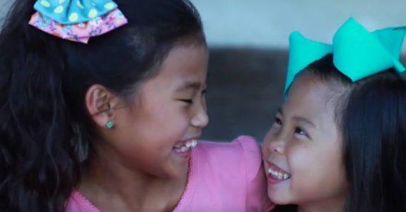 Hun tar DNA-test på sin adopterte datter. Resultatet? Det hadde du nok aldri gjettet!