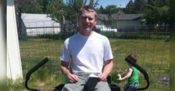 Den funksjonshemmede mannen kan ikke klippe plenen. Men når han får et brev fra naboen, bryter han sammen i tårer!