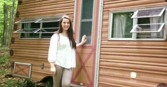 14-åringen kjøpte en campingvogn fra 1974 og pusset den opp. Resultatet gjør meg målløs!