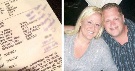 Paret fikk dårlig service på bryllupsdagen sin. Da la de igjen en melding som sjokkerte servitøren!