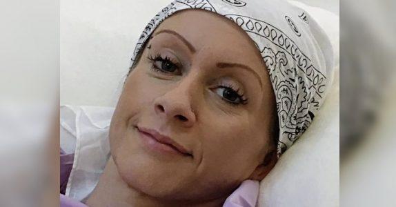 Den syke mammaen hadde bare måneder igjen. Så fikk hun plutselig hjelp fra en helt uventet person!