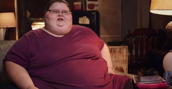 Mammaen veide 328 kilo og legene ga henne en dødsdom. Men se på henne nå, 2 år senere!