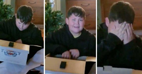 Gutten får en tom pakke av moren. Men når han leser meldingen i bunnen bryter han ut i tårer!