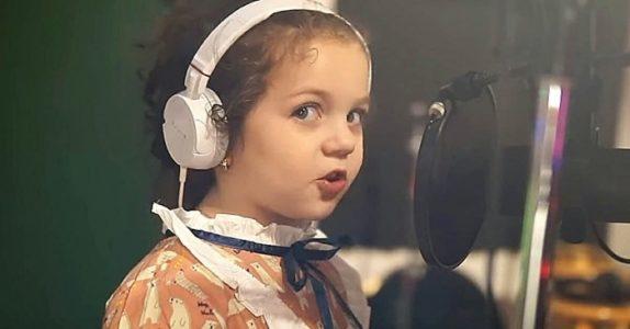 Ingen gjør dette helt som Sinatra. Men hør når 5-åringen Sophie åpner munnen – og fortryller alle!