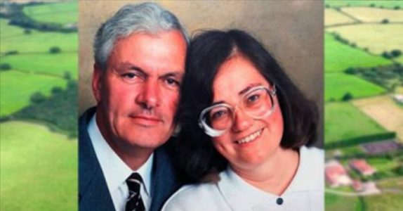 Når kona døde, plantet han 6000 trær. 17 år senere avsløres den store hemmeligheten hans!
