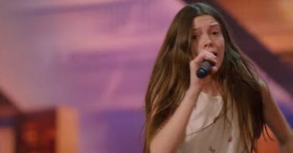 Den sjenerte 13-åringen hylles etter denne fremføringen. Nå kalles hun «Den nye Janis Joplin»!