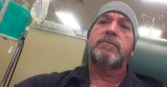 Den kreftsyke læreren hadde brukt opp alle sykedagene sine. Da gjør kollegene hans DETTE!