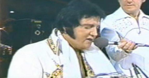 Elvis' siste innspilling har vært ukjent for de fleste – helt til nå! Dette gir meg frysninger!