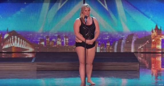 De ble forvirret når hun gikk på scenen. Men de ingen hadde aning om at DETTE skulle skje!