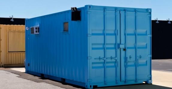 Hun flyttet inn i en container. Men vent til du ser hvor NYDELIG hjemmet hennes er!