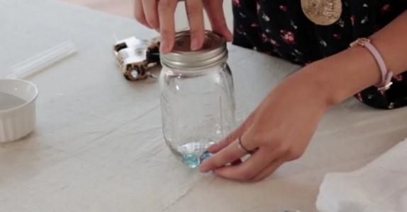 Har du noen tomme syltetøyglass hjemme? Da bør du vurdere å gjøre DETTE med dem!