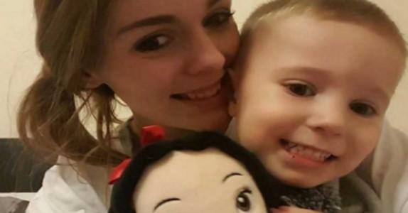 Sønnen hennes elsker Disney-prinsesser, men fikk kjeft av en fremmed. Nå svarer mammaen…