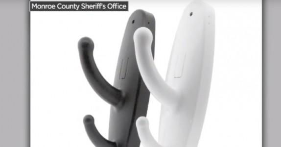 Hvis du ser DISSE krokene på offentlige toalett, må du kontakte politiet umiddelbart!