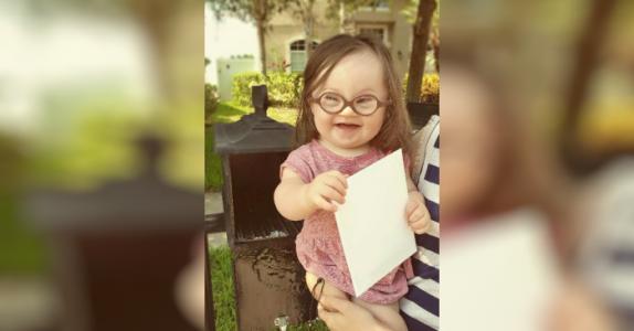 Hun blir rådet til å avslutte svangerskapet, men det åpne brevet til legen rører tusenvis!