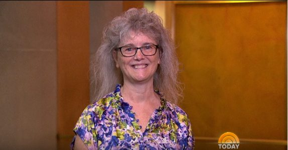 Det er hennes 60-årsdag, og datteren ønsket at hun skulle få en makeover. Resultatet? Du kommer ikke til å kjenne henne igjen!
