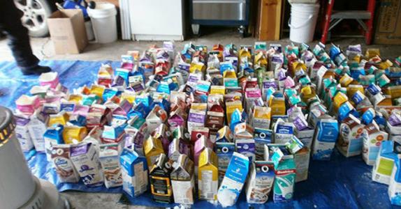 Familien samler tusenvis av melkekartonger. Se hvorfor naboene blir misunnelige!