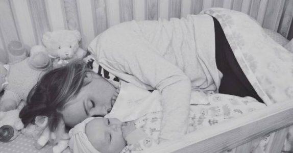 Ingen av babyene på barnehjemmet gråter. Når denne kvinnen finner ut hvorfor, fryser blodet i årene hennes!
