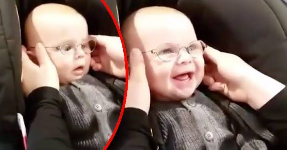 Kameraet fanger øyeblikket når Emil får se foreldrene sine. For FØRSTE gang!