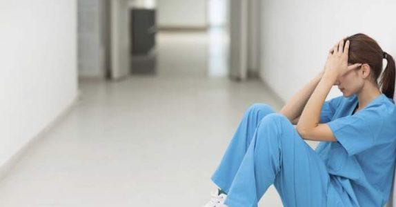 18-åringen døde i en bilulykke. Nå skriver sykepleieren et ærlig brev for å forklare seg!