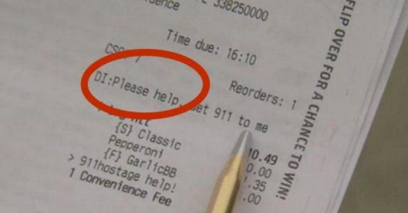Trebarnsmoren bestilte pizza med en hemmelig melding. Det politiet fant er SKREMMENDE!