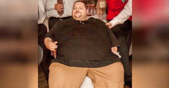 Han veide 300 kg og kunne ikke forlate huset. Men se på forandringen 600 dager senere!