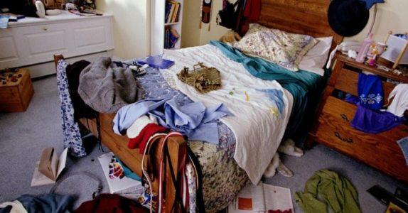 Døtrene nektet å rydde rommene sine. Da kom mammaen på DENNE kreative løsningen!