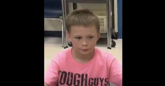 Gutten blir mobbet for sin rosa skjorte. Men det læreren gjør neste dag smelter hjertet mitt!