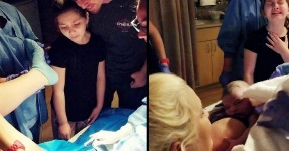 Den 8 år gamle jenta blir med moren sin på fødestuen. Det hun gjør da er helt utrolig!