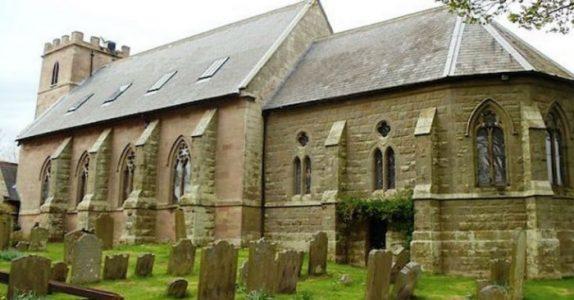 Kirken fra 1700-tallet sto urørt i 20 år. Men nå er den forvandlet til et nydelig hjem!